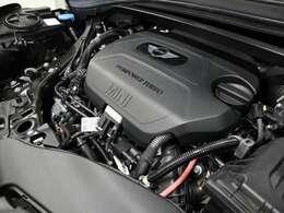 ♪1年間保証走行距離無制限MINI Approved Car♪エンジンやトランスミッション、ブレーキなどの主要部品はご購入後1年間走行距離無制限で保証します。万一、修理が必要な場合は工賃まで含めて無料で対応。