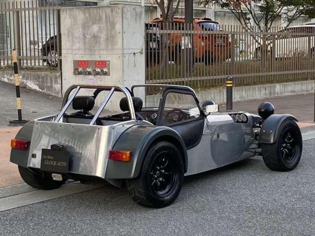 軽量なセヴンの車体を生かし、更にレスポンスや速さをを追い求めたこの個体!高年式のセヴンやJPEにも迫る速さですね!