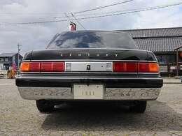 国内専用車で非常に贅沢な造りになっています。