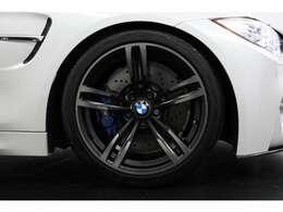 BMW Individual専用:鍛造19インチMライトアロイホイール ダブルスポークスタイリング437Mブラック