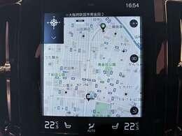 タッチパネルは、手袋をしていても反応するパネルを使用しております。地図に関しては縦型(携帯電話の仕様に近い形)で横型よりも使いだすと便利です。