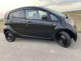 <右サイド外装>当社の全てのお車は点検を実施致します!しっかりとお客様のお役に立てるお車をご提供中です。