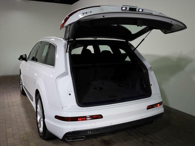 【お気に入りのお車がございましたら】 Audi三重津 連絡先059-253-3555 へお気軽にお問い合わせください。全国ご納車可能です。