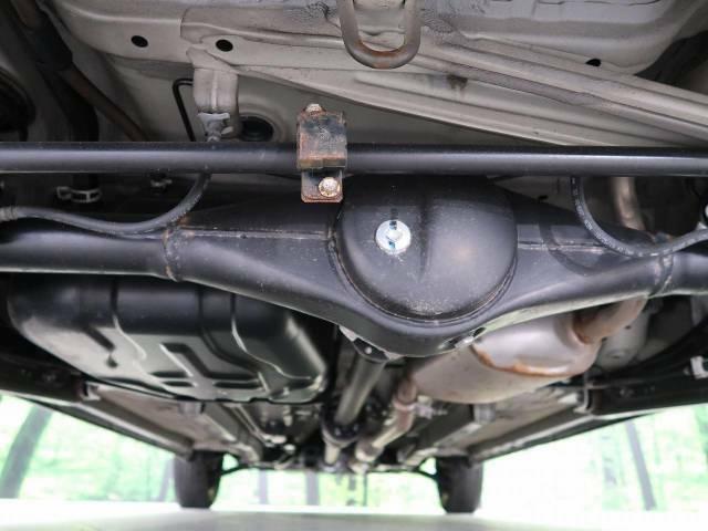 下回りの防錆加工も大人気オプションです。下回りを融雪剤などから長期間お守り致します。是非お車と一緒にご検討くださいませ。