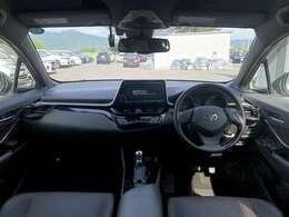 H29年 トヨタ C-HR G プリクラッシュ搭載 快適なドライブを実現しております!