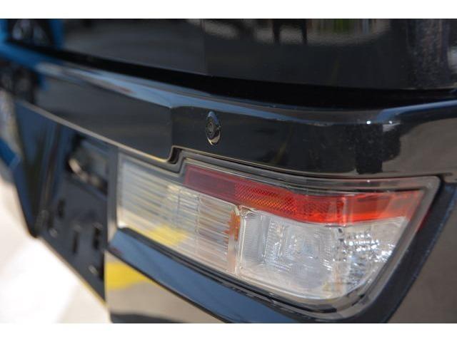 リヤコーナーセンサー(2個)付き!死角になりやすい左右後方の障害物をブザーでお知らせして、縦列駐車や車庫入れをサポートします^^