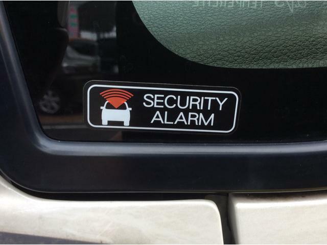 セキュリティアラーム装備で防犯もバッチリ!