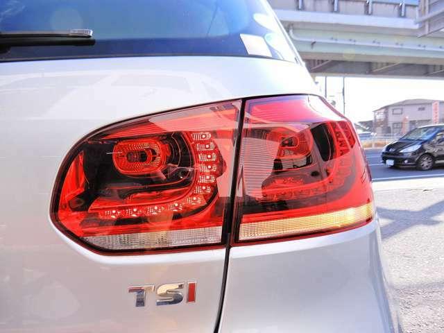 ユーザー下取り車 走行34,000キロ 社外ナビTV バックモニター ターボ ドラレコ GPSレーダー HID キーレス ETC 点検整備記録簿 冬用アルミタイヤ4本積込 内外装荷台クリーニング済み