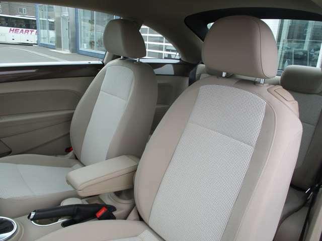 内装クリーニングも施しております。内装の綺麗なお車は気持ちが良くオススメさせていただく1つのポイントになっております。