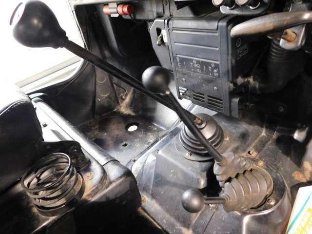 ★4MTで4WDの走りを存分に楽しめます!
