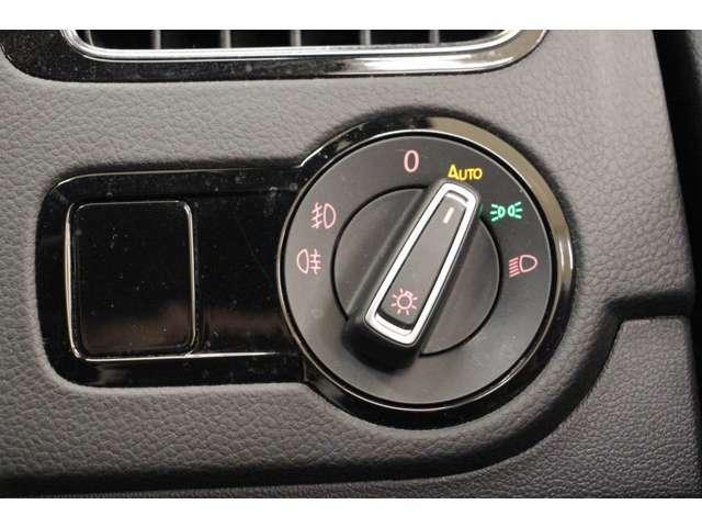 ヘッドライトのAUTOは、ライト付け忘れ防止に有効です。