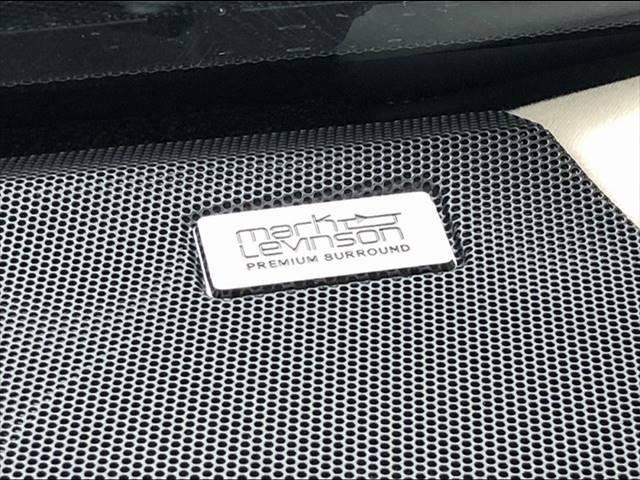 大人気オプションの【マークレビンソンサウンドシステム】装備車両です!