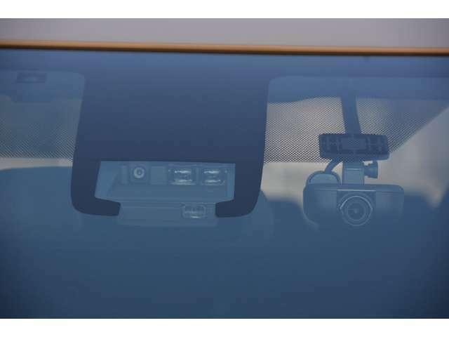 Toyota Safety Sense&ナビ連動ドライブレコーダー付き!お問い合わせは079-280-1118、カーズカフェ カーベル姫路東までお気軽にお電話ください^^