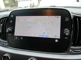 スマホの地図を投影させれば、本来の使用と変わらず、画面へのタッチ操作が可能です!