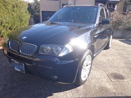 BMW X3 3.0si MスポーツパッケージI (スポーツ・サスペンション) 4WD パノラマサンルーフ黒革サイドリアカメラ