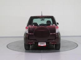 全国トヨタディーラーの中でも数少ない、トヨタ認定検査員が一台ずつ内外装をチェック。