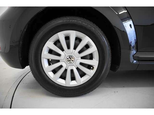 当店の車両は未使用車を除き、残念ながら遠方販売には対応しておりません。外内装、キズや臭いなどご確認ください。