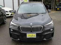 BMWが得意とする各種電子制御によりどなた様でも快適なドライブが楽しめます。
