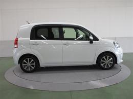 先代モデルにリヤドアを追加し更に使いやすくなった運転席サイドです。