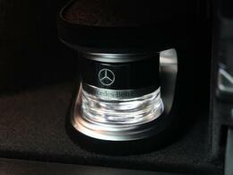 ●パフュームアトマイザー:メルセデス純正の芳香剤です!上質な香りが車内に広がり、ムードを演出します。
