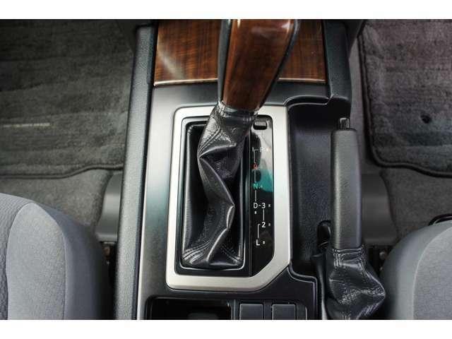 Aプラン画像:US LEXUS GX460FACEのPRADOの入庫です★もちろん修復歴等のない距離浅車両をベースとして製作しました★新品タイヤも付いてこのプライス★お問い合わせはお早めに→011-876-4000