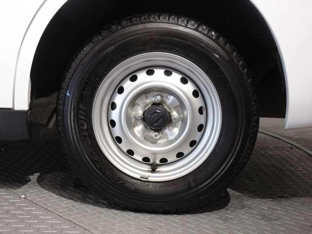 タイヤサイズは165R13です♪
