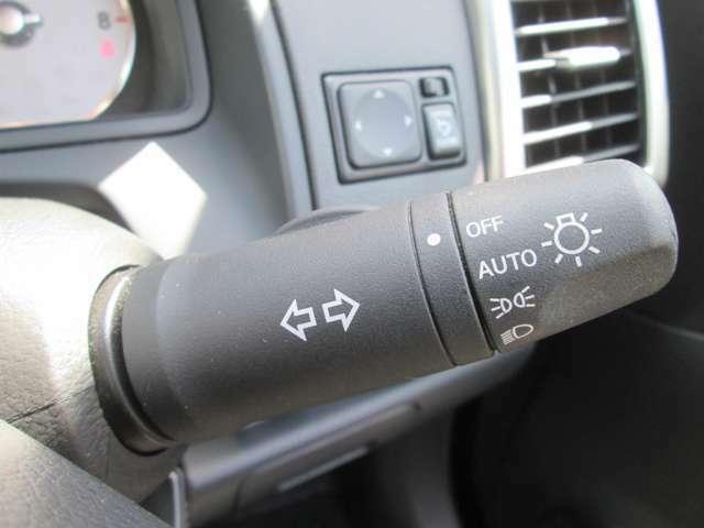 連続したトンエルではとっても便利なオートライトシステムです!