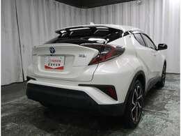 HVならではの低燃費と走行性能を兼ね備えたお車です!