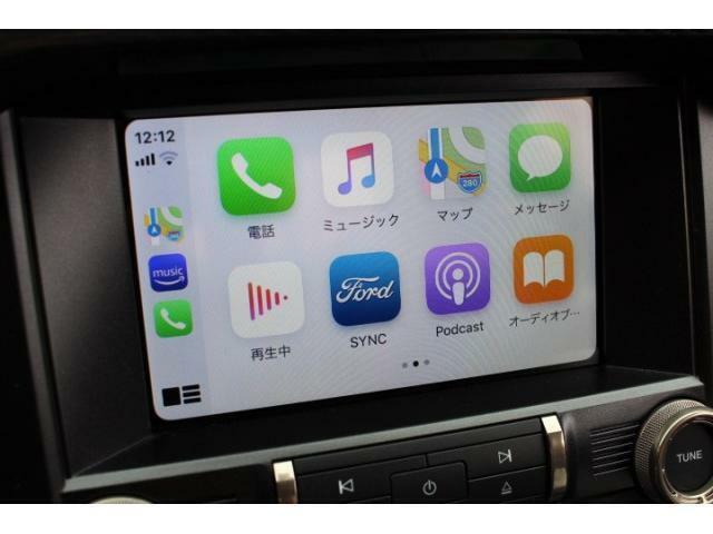 AppleCarPlay & AndroidAutoに対応しておりますので、お手持ちのスマートフォンをつないで頂きナビゲーション等ご利用頂けます。