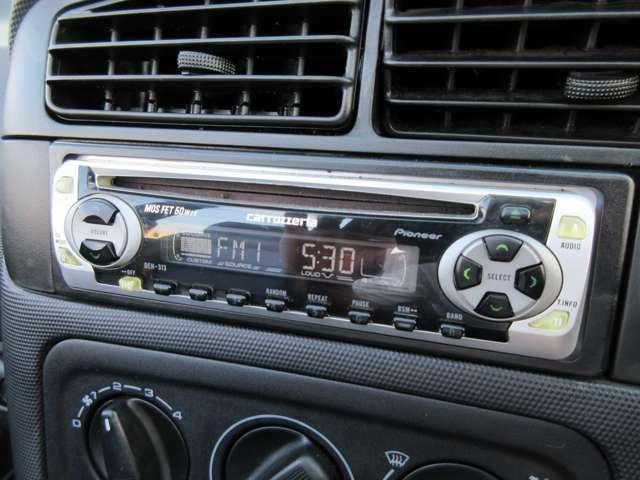 カロッツェリア製CDオーディオ付き♪お好きな音楽を聴きながら素敵なドライブをお楽しみください♪