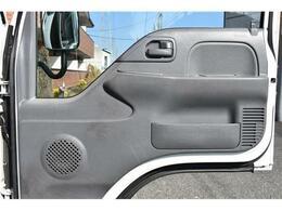 ■ドアパネルが綺麗な車は、大事に使っていた証拠■