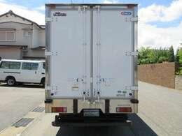 菱重-30度冷凍機TDS35DX(TDS30CN2) 荷箱 日本フルハーフ GMDO E1E1596 荷室 長さ355x幅170x高さ181センチ 可動式隔壁ドア(ファン付)ラッシングレール2段