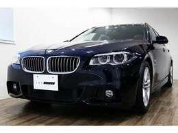 正規ディーラー車 BMW 528iツーリング Mスポーツ 右ハンドル カーボンブラックメタリック/シナモンブラウンレザー