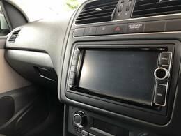 純正SDナビ装備しております。フルセグTV、バックカメラ、DVD再生、Bluetoothなど充実の内容です。