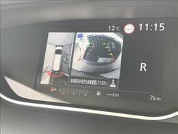 アラウンドビューモニターがついておりますので駐車も楽々ですね!!