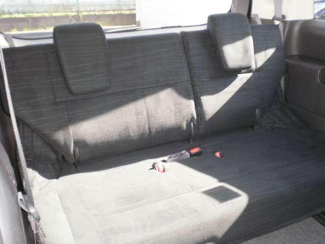 サードシートも綺麗