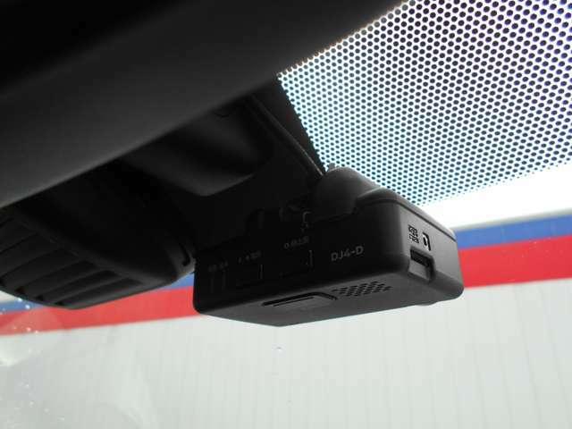 もしも事故に巻き込まれた時に目撃者がいなかったら…そんな時のためにドライブレコーダーにて録画をしておけば証拠などになりますので安心ですね!