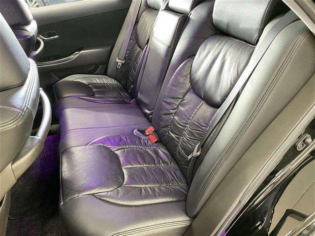 このご時世ですので安心の除菌・消臭・抗菌プラスパックが人気オプションです!清潔なお車はお子様にも安心です!こだわりのオプションでさらに快適な空間に!綺麗な車内でお過ごしいただけます!