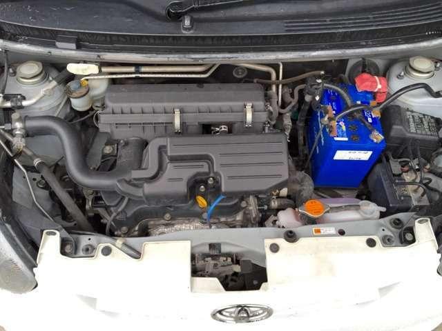 タイミングチェーンエンジン ガソリン車トップクラスの燃費性能エンジンの高圧縮比化やアトキンソンサイクル化、、ガソリン車トップクラスとなるJC08モード燃費35.2km/L(カタログ値)を実現