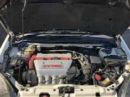 水冷直列4気筒DOHC16バルブ