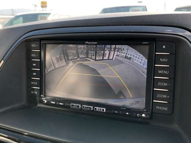 【バックカメラ】駐車が苦手な方でも後方の状況を確認しながら駐車していただけるので安心して運転していただけます!