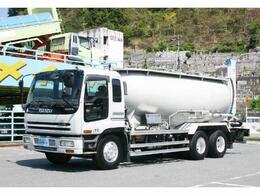 いすゞ いすゞ ギガ 粉粒体運搬車 バラセメント用 KCタイプ