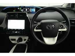 視線移動を少なくするため、メーターをセンターに配置! デジタル表示でとても見やすく安全運転のお役に立ちます☆