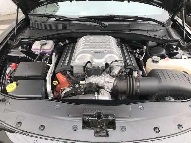 国内クライスラーディーラーにて整備履歴もあり、メンテナンスコンディションも良好なお車です。