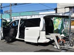 日産 セレナ 2.0 ハイウェイスター S-HYBRID チェアキャブ リフタータイプ 全自動助席リフトUPシート アラウドビュー