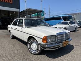 メルセデス・ベンツ ミディアムクラス 230E 正規ディーラー車 ウエスタン 左H