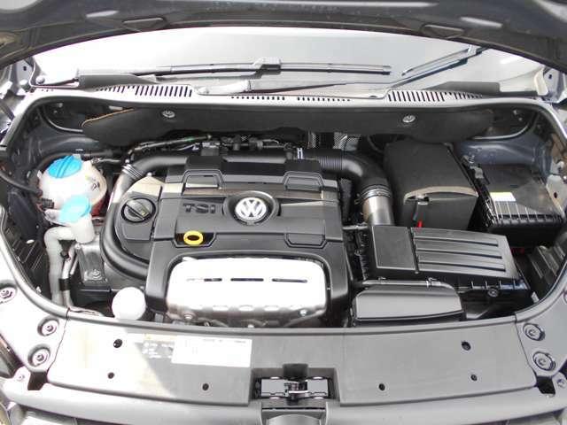 現在のフォルクスワーゲンを支えている主力エンジンです!耐久性と信頼性が高く、低燃費でSCとターボで力強い加速と走りが魅力です!この後期型IIエンジンは極端に故障がなく、メンテナンスフリーで乗って頂けます。