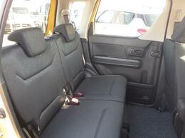 ◆後席◆お子様がいらっしゃる方にも安心できるようにチャイルドシート固定機能が標準整備されています。シートを固定し小さな体を守ります!!