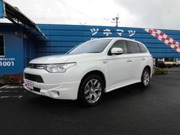 三菱 アウトランダーPHEV 2.0 G 4WD ・ワンオーナー・純正ナビ・フリップダウン