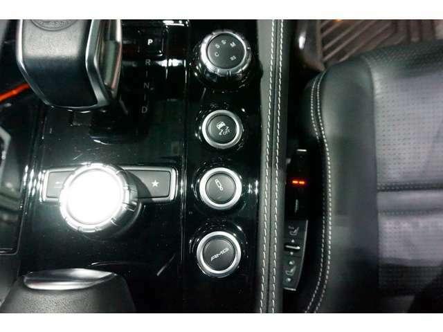 排気音、スロットル開度を室内で変更できます!V8サウンドを堪能ください♪
